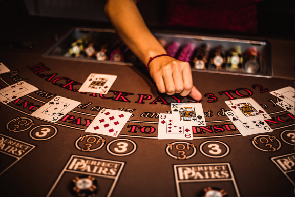 Four The Explanation Why Having A Superb Online Casino Is Not Enough